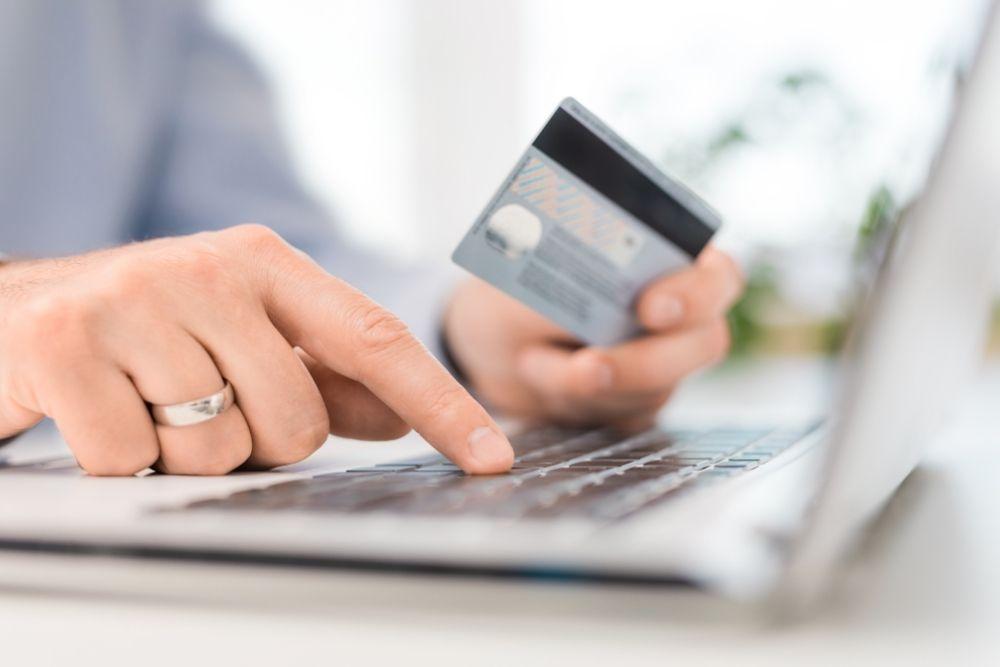 Evite usar o cartão de crédito